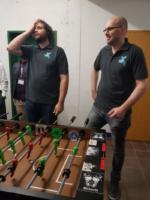 Sven und Marcos beim Kickerturnier